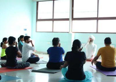 Pranayama Classes in Koramangala- Yogi Madschri